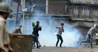 Why civilians confront the army in Kashmir