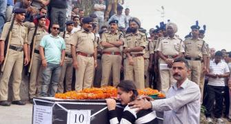 'Papa ki kya galti thi', asks martyr's daughter