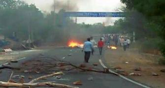 5 killed as farmers' protest in MP's Mandsaur turns violent