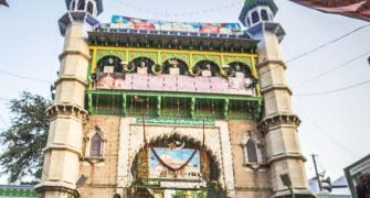 Ajmer dargah head asks Muslims to stop eating beef