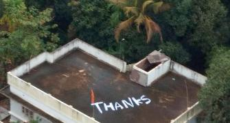 How flood-hit Keralites say 'THANKS' to defence personnel