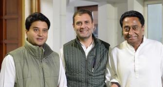 Scindia's exit reignites 'old vs young' debate in Cong