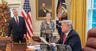 'Poor' Trump 'all alone' in White House as partial govt shutdown continues