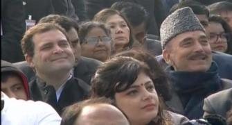 Rahul watches R-Day parade from sixth row, Congress cries foul