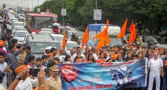 Maratha quota: Maha govt pleads before larger SC bench