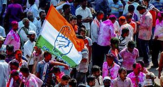 Karnataka bypoll: Cong-JD(S) win 4-1, including BJP stronghold