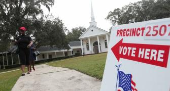 US votes in crucial midterm polls