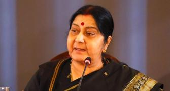 Sushma, Pak Min spat over abduction of 2 Hindu girls