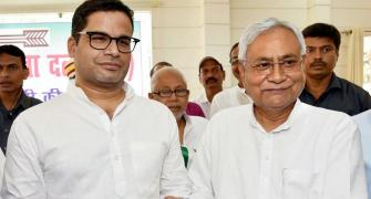 Prashant backs Nitish, attacks Lalu