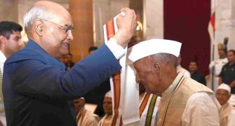 President Kovind honours heroes of Quit India movement
