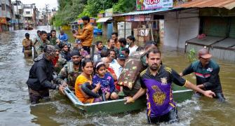 Floods wreak havoc in Maharashtra, K'taka, Kerala