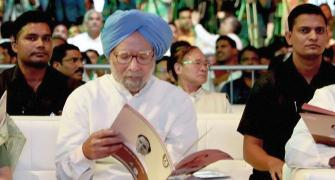 No SPG cover for Manmohan, CRPF to give Z+ security