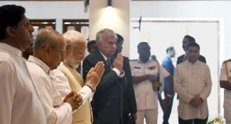Modi pays tribute to Easter attack victims in Colombo