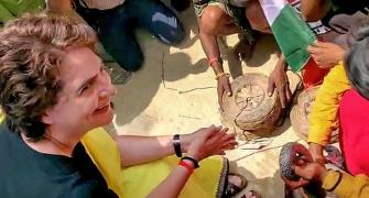 Priyanka's unusual encounter with snake charmers