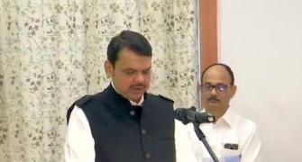 Maha needed stable govt, not 'khichdi' govt: Fadnavis