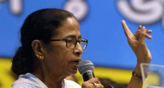 Mamata threatens stir if new farm laws not withdrawn