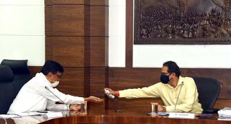 Uddhav keeps his cool as Chakravyuh builds around him