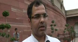 Parvesh Verma offers month's pay to kin of Delhi cop