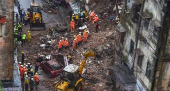 4 dead in 2 building collapse incidents in Mumbai
