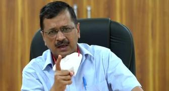 Kejriwal targets govt over passage of farm bills