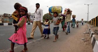 Workers in Guj begin over 600-km trek home on foot