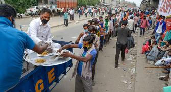 Give free ration to 8 cr migrants: Centre to states