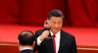 'Xi has tied his feet too tightly to walk'