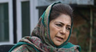 Mehbooba, daughter 'put under house arrest'