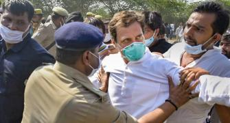Rahul, Priyanka detained on way to Hathras