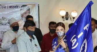 Actor Payal Ghosh joins Ramdas Athawale's party