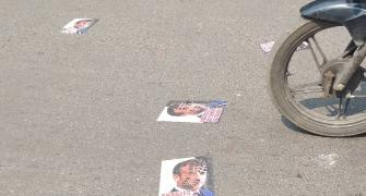 Macron's posters stuck on Mumbai road, removed