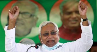 'Installed his wife on chair': Nitish attacks Lalu