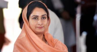 Harsimrat Kaur Badal quits Modi govt over farm bills
