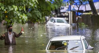 Heavy downpour floods Mumbai; rail, road traffic hit