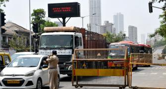 'Lockdown-like' curbs come into force in Maharashtra