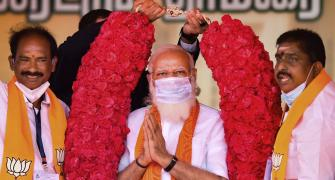 Modi targets Rahul over his 'north-south' remark