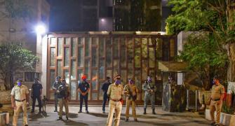 Car with explosives found near Mukesh Ambani's house