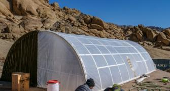 Sonam Wangchuk makes solar heated tent for soldiers