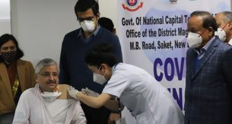 Day 1: Over 1.65 lakh get shots of Covid vaccines
