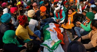 Chaos in Delhi as tractor parade turns violent, 1 dead