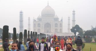 Taj Mahal vacated after hoax bomb call; man detained