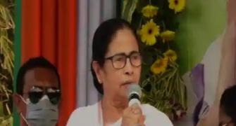 SEE: Mamata targets BJP, recites Chandi Path