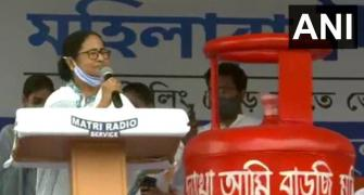 PM Modi peddling lies to mislead voters: Mamata