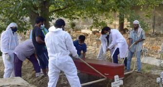 21 die after 150 attended Covid victim's burial in Raj