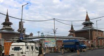 'This government choked Kashmiris'