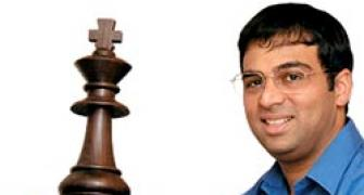 Anand, Carlsen set for No. 1 battle at London