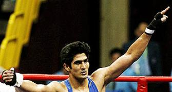 Vijender, Nanao in Indian team for boxing World Championships