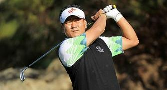 Choi stands tall in strong Sherwood winds