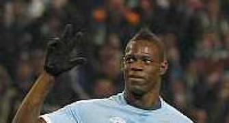 Man City suffer Balotelli injury blow