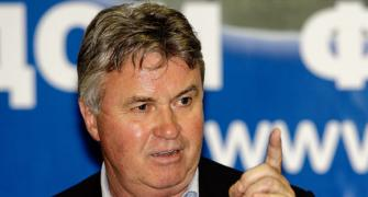 At 65, Guus Hiddink starts afresh with Anzhi